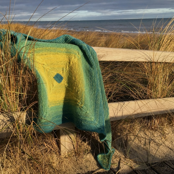 Das Ostsee-Tuch. Anleitung auf Ravelry.