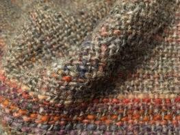 Detail. Grau + Farbe macht es lebhaft